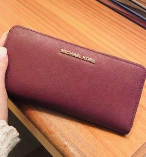 Michael Kors Cartera púrpura