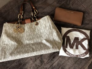 Michael Kors Bolso barrel marrón-blanco