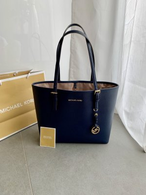 Michael Kors Jet Set Travel dunkelblau