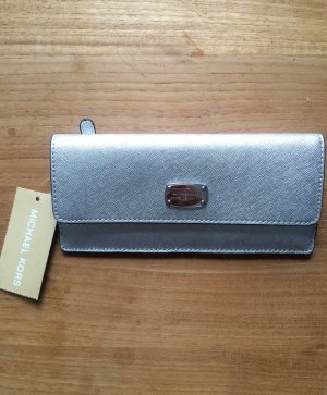Michael Kors Jet Set Travel Flat Wallet Silver