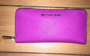 Michael Kors Jet Set Travel Fuschia Wallet