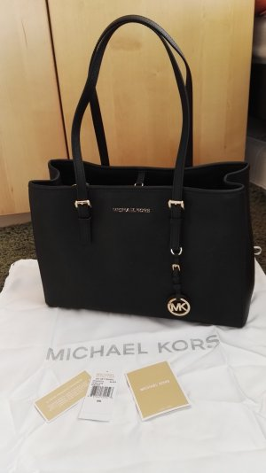 Michael Kors Jet Set Travel in Black&Gold