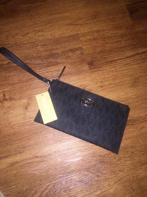 Michael Kors Jet Set Travel LG Zip Clutch Leather Black