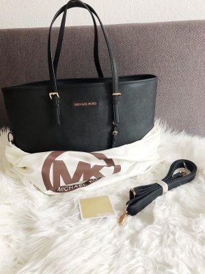 Michael Kors Jet Set Travel MD Tote Black
