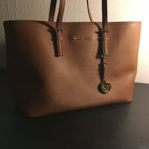 Michael Kors Jet Set Travel Shopper in cognac