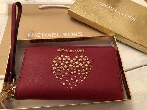 Michael Kors Leder Geldbörse mit einem Handyfach Herz aus Nieten neu mit Etikett