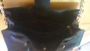 Michael Kors Model Hamilton