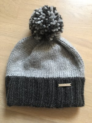 Michael Kors Bobble Hat grey