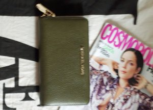 Michael Kors Cartera color oro-verde oliva