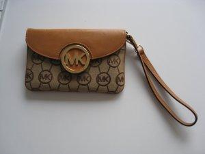 Michael Kors Pochette / Portemonnaie in cognac (hellbraun) Farbe mit MK Logo