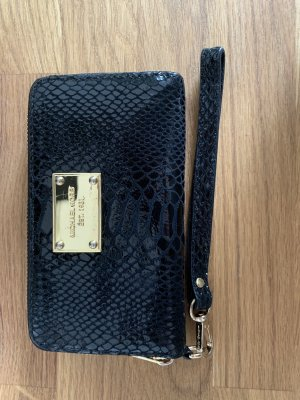5dfafaf2d275a7 Michael Kors Mobile Phone Cases at reasonable prices | Secondhand ...