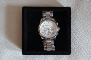Michael Kors Runway Silver-Tone Watch MK5076