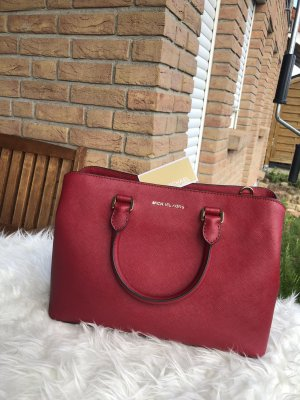 Michael Kors Savannah cherry