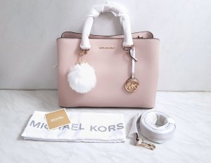 Michael Kors Savannah LG Soft Pink + Pom