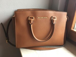 Michael Kors Selma Large Luggage