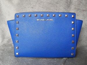 Michael Kors Selma MD Messenger Electric Blue Nieten Stud