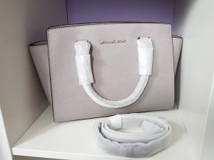 Michael Kors Selma MD Pearl Grey ♥