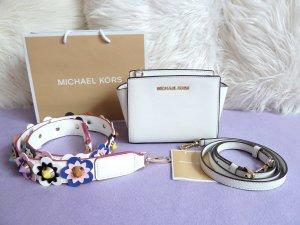 Michael Kors Selma Mini Messenger Optic White + Blumenschultergurt