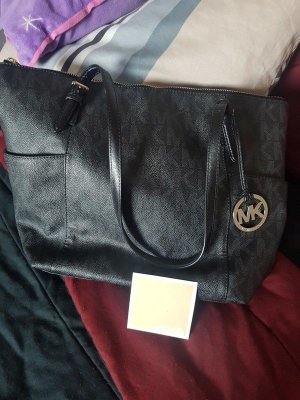 Michael Kors Bolso barrel negro-color plata