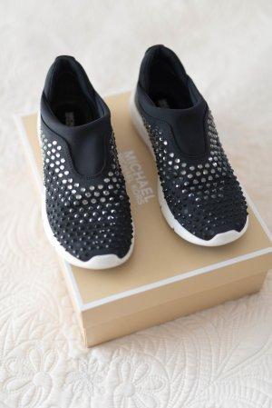 Michael Kors Zapatillas deslizantes negro-blanco
