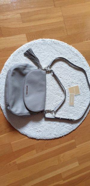 Michael Kors Tasche Bedford Hellgrau Silber
