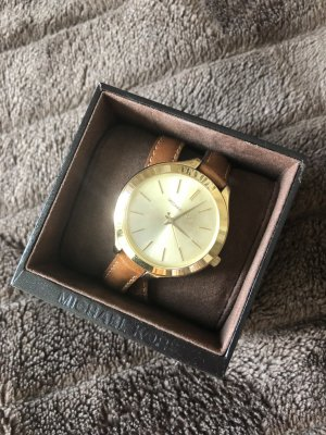 Michael Kors Watch With Leather Strap light brown