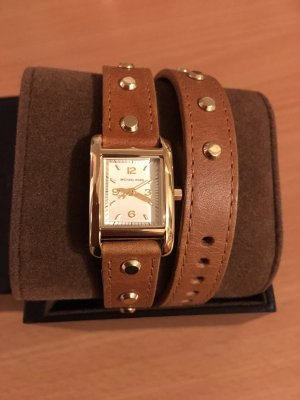Michael Kors Watch With Leather Strap brown