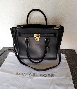 9138a7fa528f4 MICHAEL Michael Kors Hamilton Traveler LG Leder Tasche Black OP. 375€ Trapez