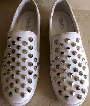 MICHAEL Michael Kors Slip-on-Sneaker Keaton aus Leder mit Nietenbesatz 38,5