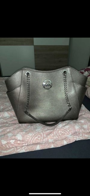 Michael Kors Comprador color plata