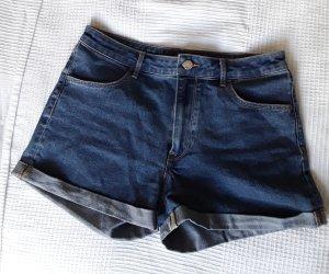Mid-Waist Jeansshorts