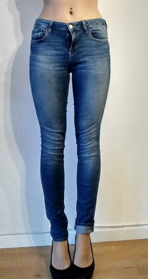 Mid Waist Super Skinny Jeans Adriana