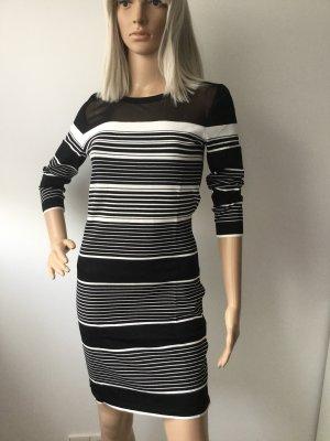 Midi-Kleid in Strick-Optik mit 3/4 Ärmeln von Morgan Gr.M