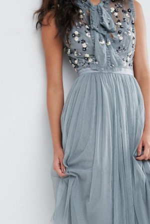 Robe à paillettes bleu azur nylon