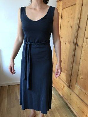 Midi-Kleid mit schönen Rückenausschnitt von Mango