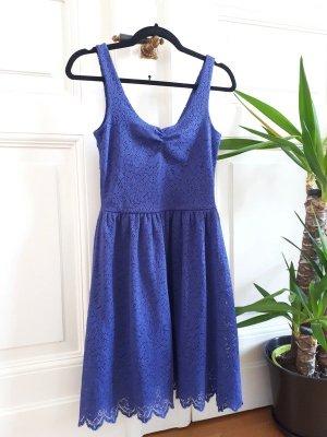 Monki Vestido de encaje azul