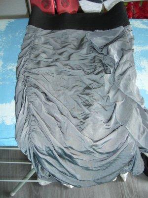 Midirock grau Raffung schwarzes Bund H&M XS 34