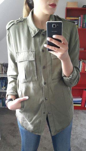 Military Hemd oversize Taschen
