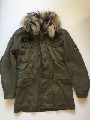 Military-Jacke mit Fuchskragen von Axel Delikat Berlin