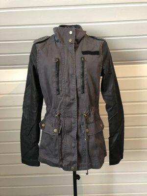 Vero Moda Veste militaire gris anthracite-noir