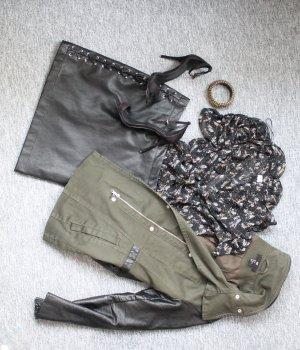 Military Jacket, Khaki farbender Trenchcode, Lederärmel Übergangsjacke