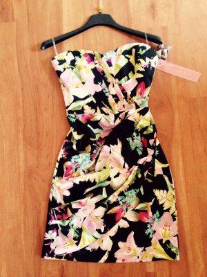 Mini Bandeau-Kleid von Lipsy