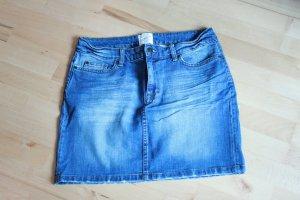 "Mini-Jeansrock von H&M ""used Look"""