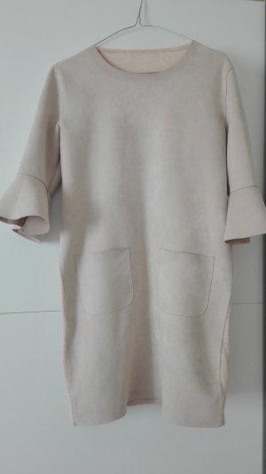 Mini - Kleid aus samtig weichem Wildlederimitat - der Neupreis war 169€