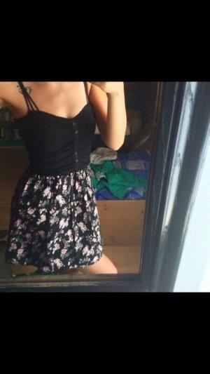 Mini Kleid Bandeau Blumen Schwarz Rosa #sommerkleid Blümchen