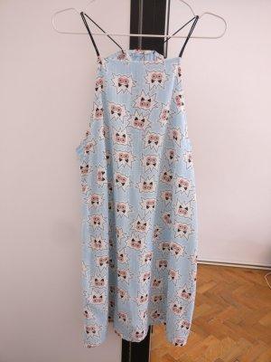 Mini Kleid mit Rückenausschnitt von Urban Outfitters