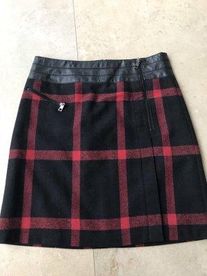 Taifun Falda de lana negro-rojo oscuro