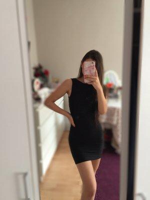 Mini schwarzes Kleid