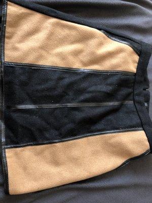 Mini Wollrock mit taschen