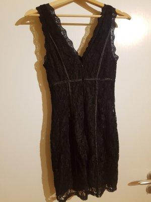 Minikleid aus Spitze - nur 1x getragen